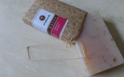 k P1090696 400x250 - Produkttest: Spanische Geranien Seife von Manna Naturkosmetik