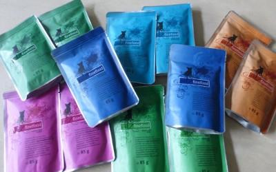 k P1100455 400x250 - Produkttest: Verschiedene Sorten von Catz finefood im Test