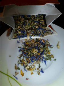 verschiedene-teesorten-von-amapodo-im-test-1